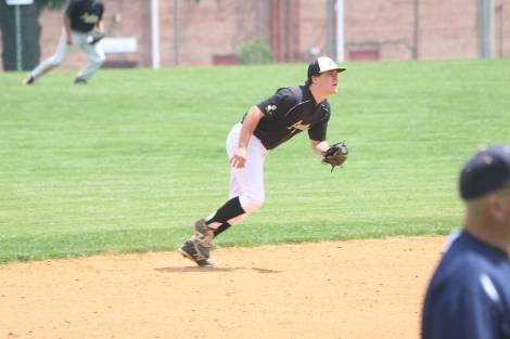 Senior shortstop Billy Lennox batted 3 for 4 with 2 runs batted in.